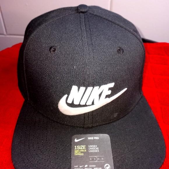 Nike unisex ADULT hat
